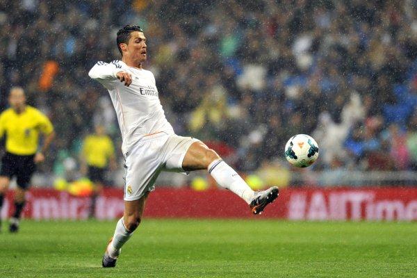 Cristiano-Ronaldo-Real-Madrid-049